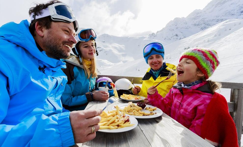 Ski Happy Family FB